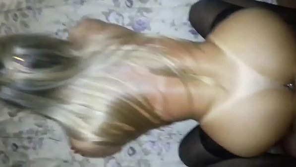 As loiras gostosas com Isabella Pasini