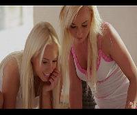 Redtuby com lindas loirinhas lesbicas