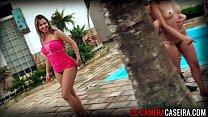 poro nacional com Angel Lima mamando na piscina