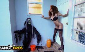 Melhores sites porno negra trepando em dia de halloween